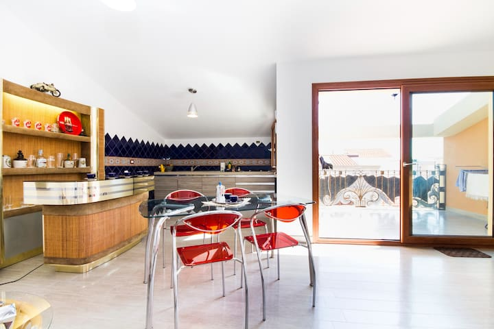 Penthouse in downtown Sant'Antioco - Sant'Antioco - 牧人小屋