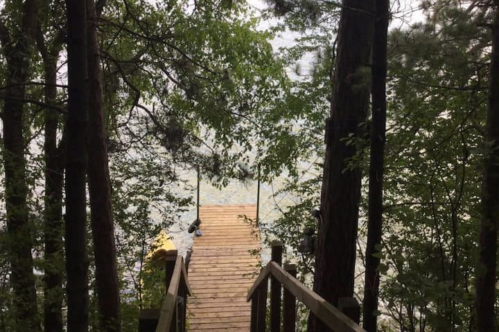 Acuna Lake Front Home - Chain of 6 Lakes Chetek WI