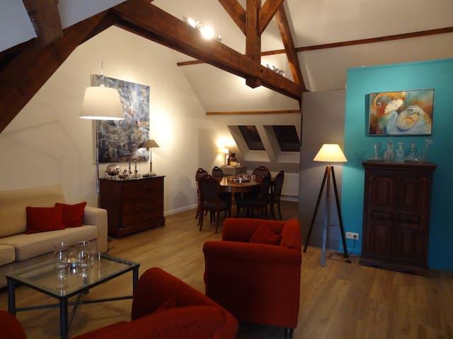 La GAREçonnière studio-loft - Binche - Wohnung