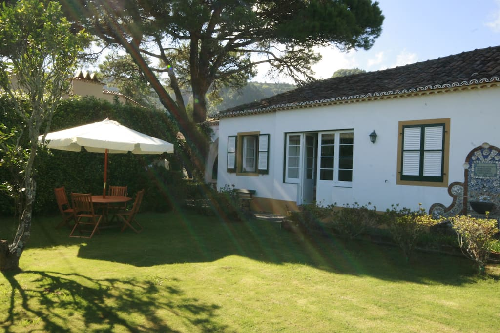 One Bedroom Apartment In The Garden Flats For Rent In Furnas Azores Portugal