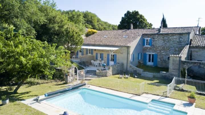 Gîte CESAR (6 pers.), piscine en Drôme Provençale