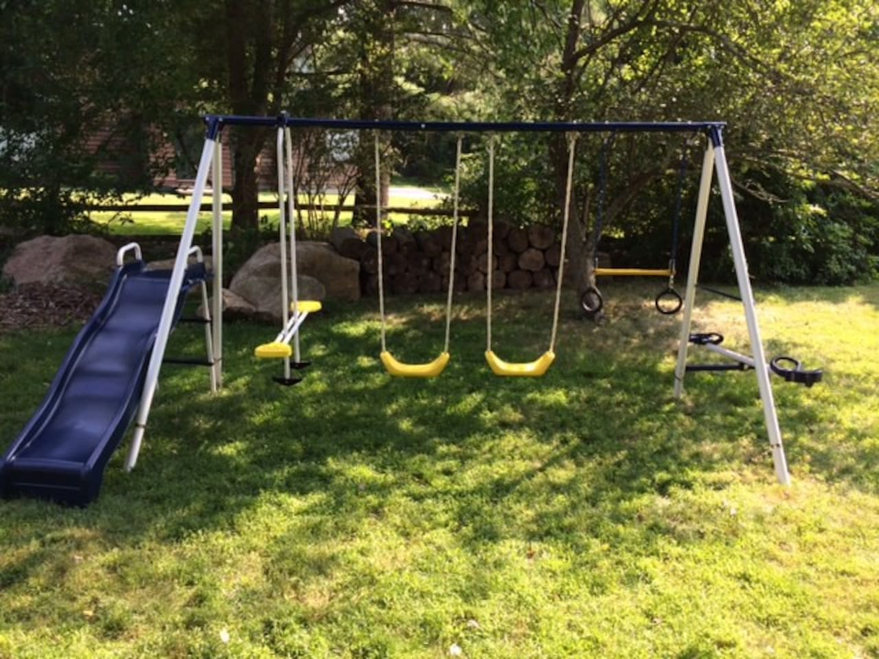 Swingset for smaller children. Note that it's best for children 10 and under.
