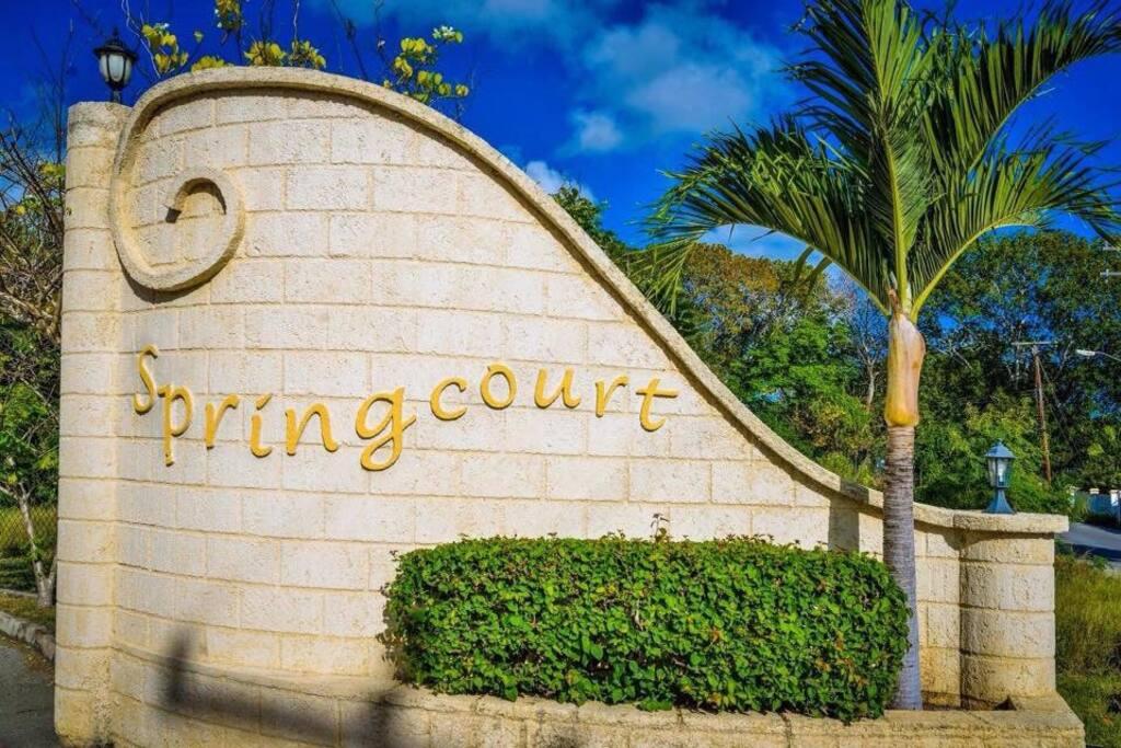 Entrance to Springcourt