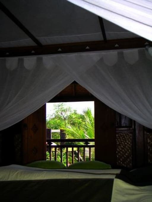 ein einmaliger ort auf nord bali bungalows zur miete in banjar bali indonesien. Black Bedroom Furniture Sets. Home Design Ideas