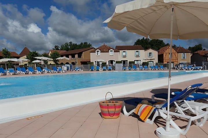 Maison Duplex 5 personnes - superbe piscine