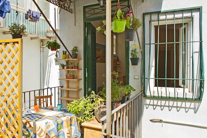 Violett' House - Napoli