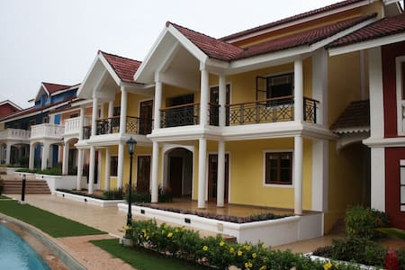 Luxurious Self catering 2 BHK - Betalbatim