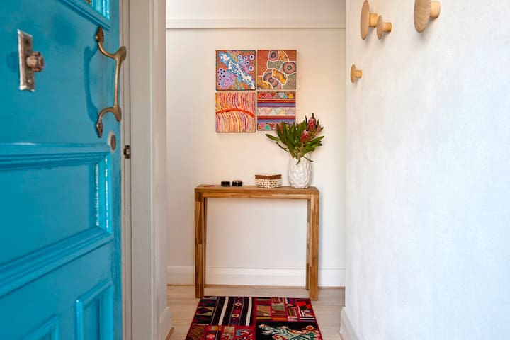 inviting eclectic entrance to your home