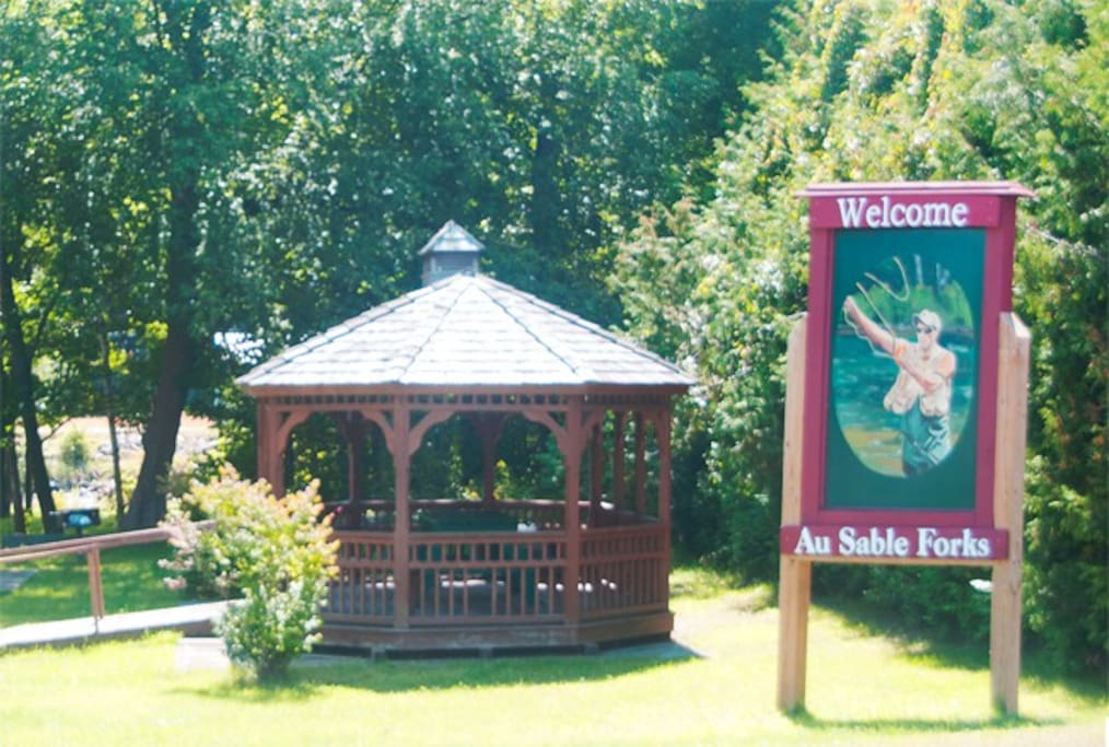 Welcome to Ausable Forks steps away from the studio. Come and picnic here.