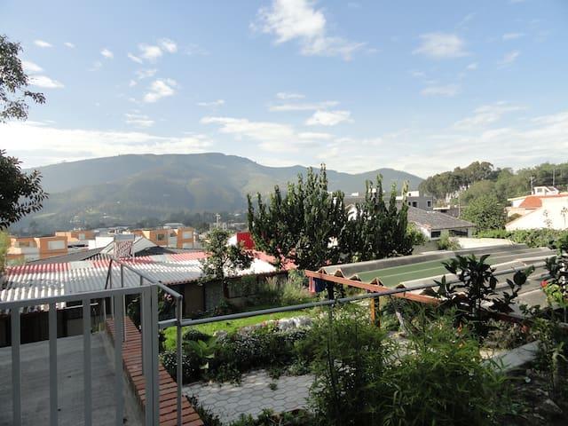 Cumbaya, hermosas habitaciones, Primavera 2. - Quito - Timeshare