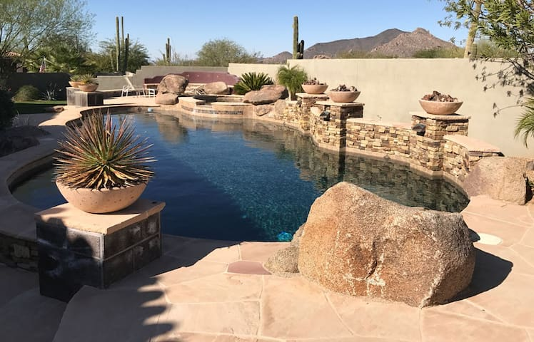 North Scottsdale Casita in Quiet Gated Community