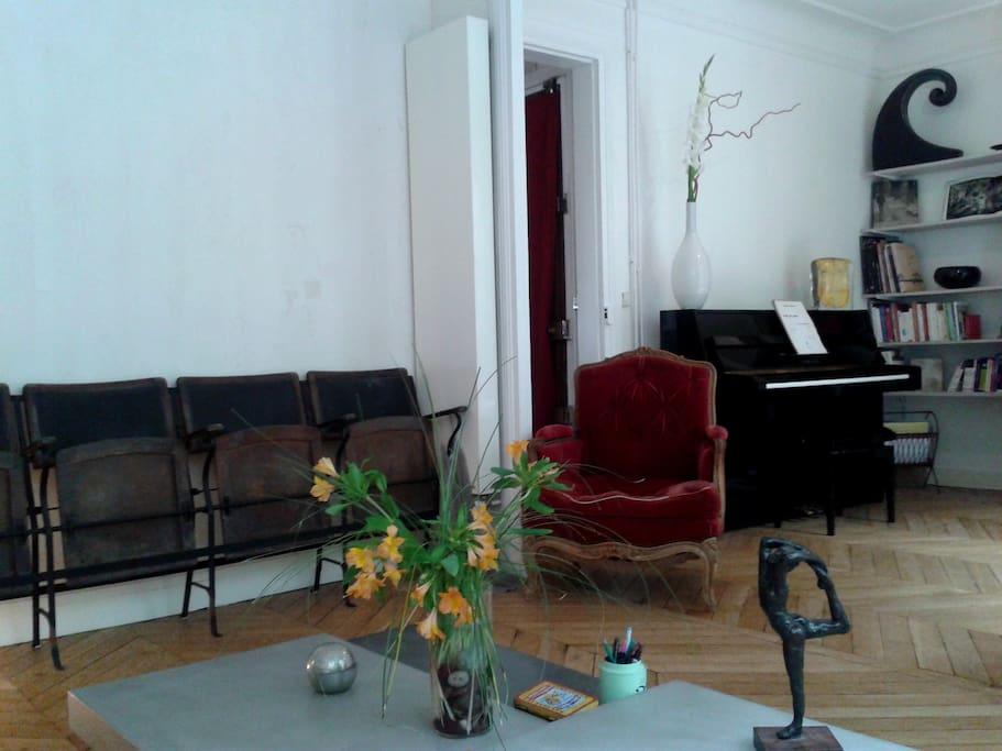 Vous aimerez ces chaises de théâtre qui ont un siècle!