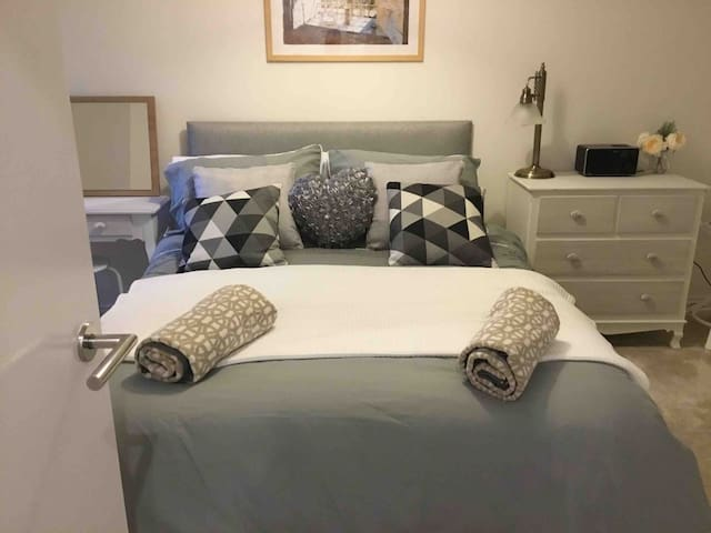 Swanage Town Centre and Sea front Apartment - Cosy