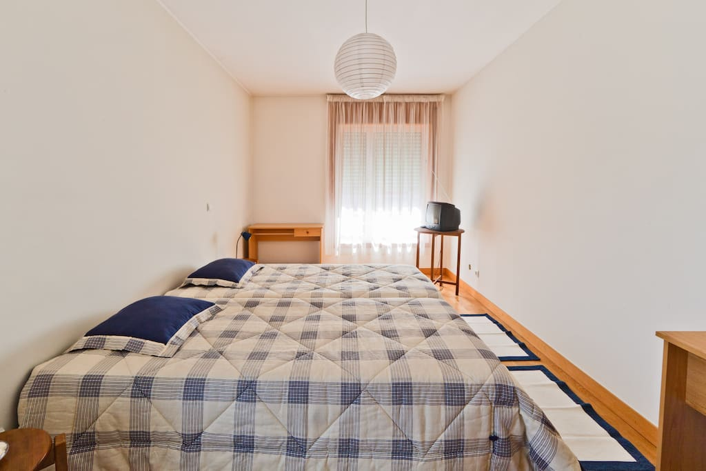 Spacious room with 2 beds