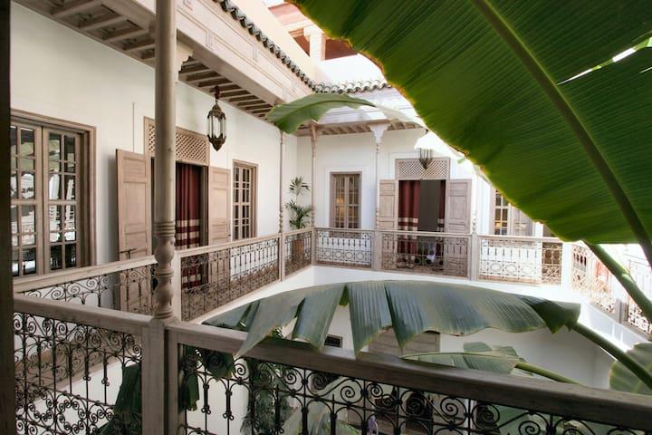 Riad ALTAIR - First Floor
