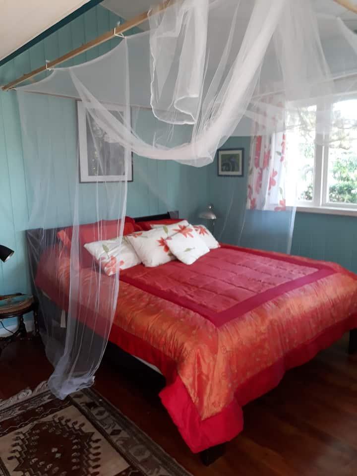 Old fashioned Waiheke Island Hospitality