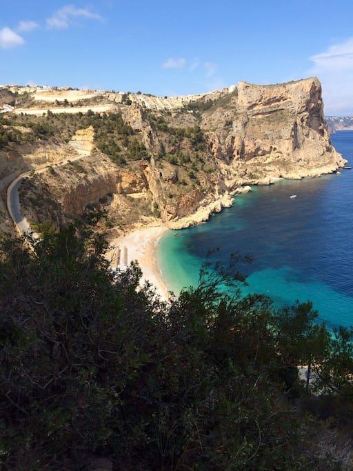 Die Cale de Moraig zählt zu den 10 schönsten Stränden Spanien