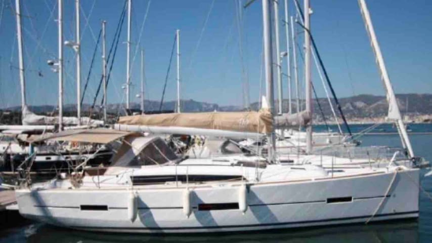Sailing Boat Dufour 410 Grand Large, complete 2013