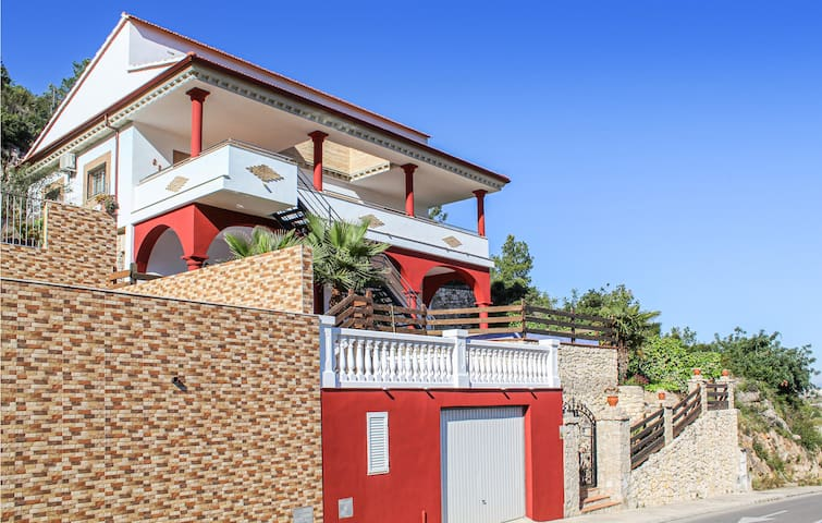Holiday cottage with 3 bedrooms on 100m² in Cullera