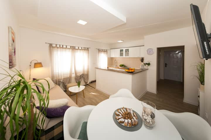 Apartments Gacka Valley ***