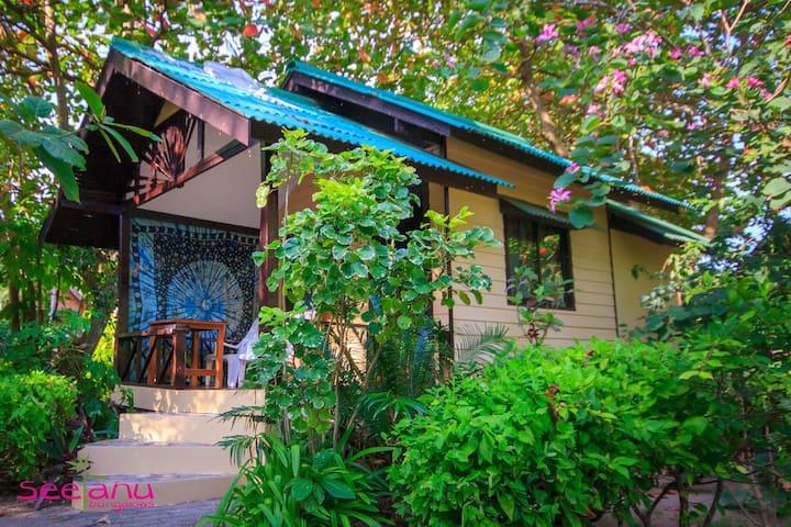 Joli petit bungalow thai pour 1 ou 2 pers