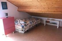 Chambre étage Lit 2