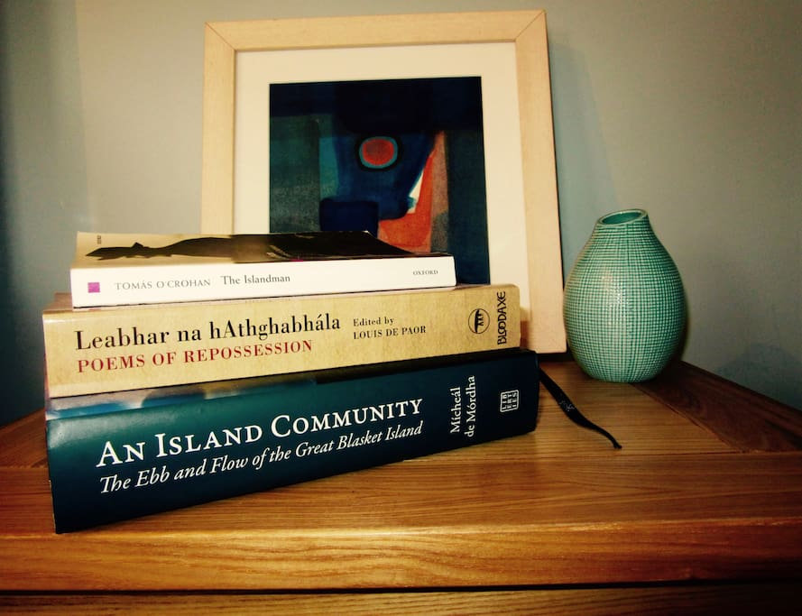 Lots of interesting books to enjoy during your stay