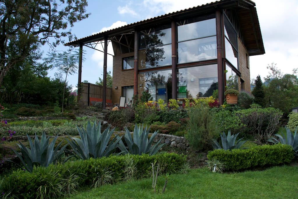 Zen chic style casita in mountains houses for rent in for Mexican casita house plans