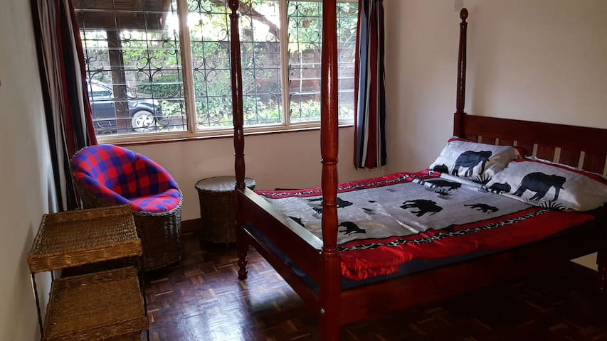 Nairobi Runda private rooms - Nairobi - Hus