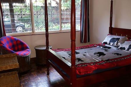 Nairobi Runda private rooms - Nairobi - Haus