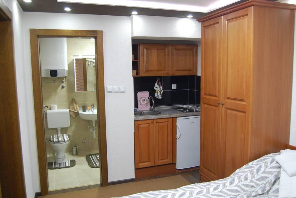 Mini-kitchen and Bathroom