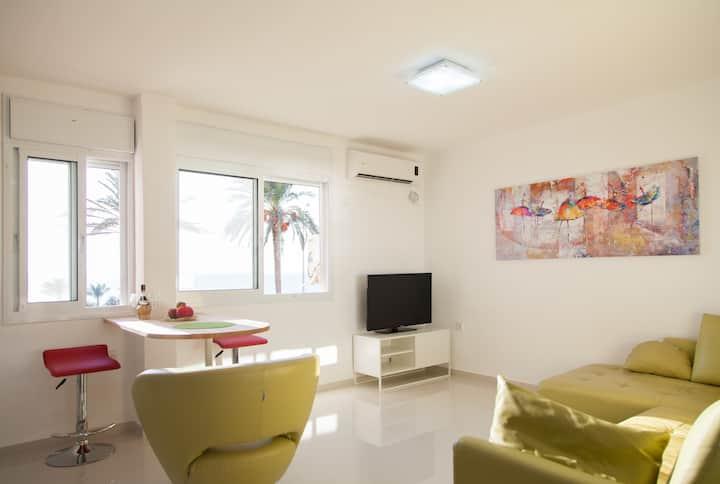 Seaview Beachfront Apartment