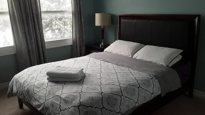 Spacious and Comfy Room with Private Bathroom