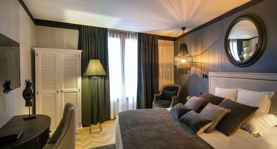 Chambre Classique Chic - Maisons du Monde Hôtel & Suites