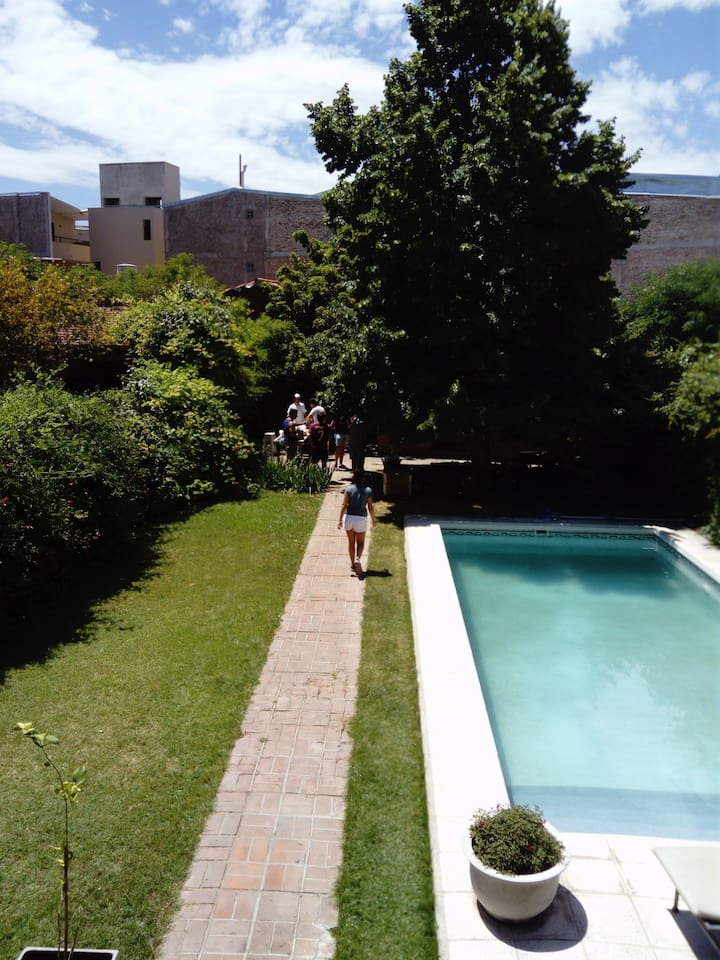 Jardín - Churrasquera - Pileta
