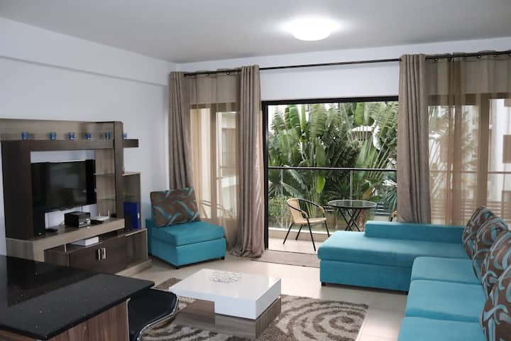 COSY APARTMENT 110m2 - 3 BEDROOM - FULLY FURNISHED