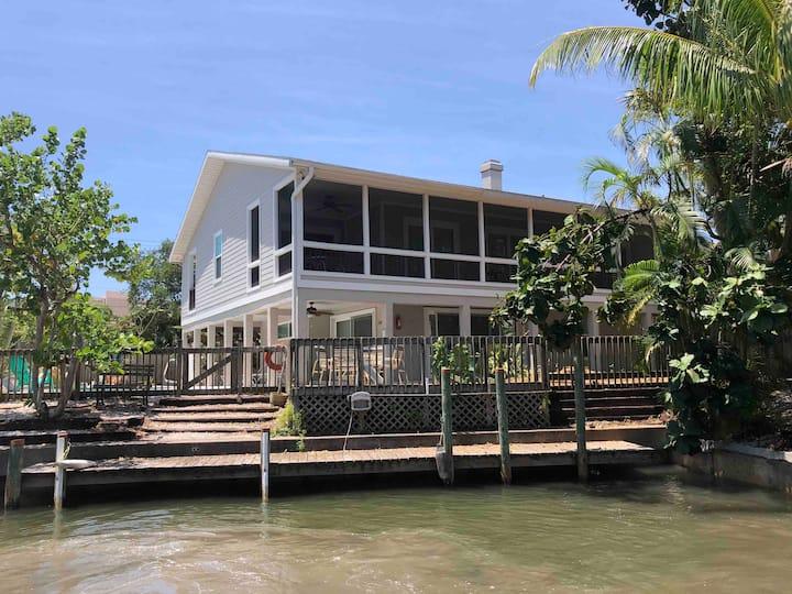 "2 bed Waterfront ""Beach House Apt at Solitude Suites, Siesta Key"