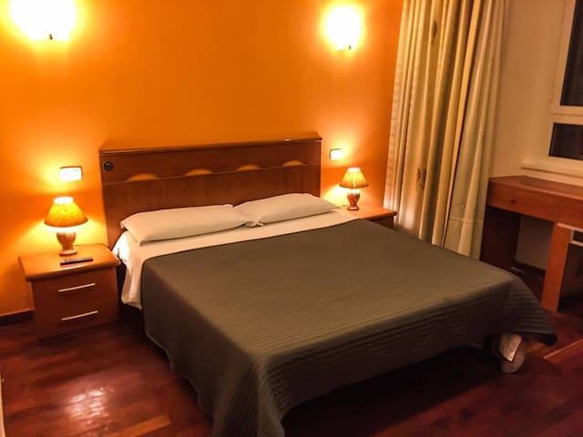 Overseas & Mandarin - Roma - Condominio