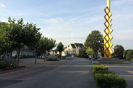 Hochwertiges und ruhiges Apartment im Zentrum! - Langenfeld