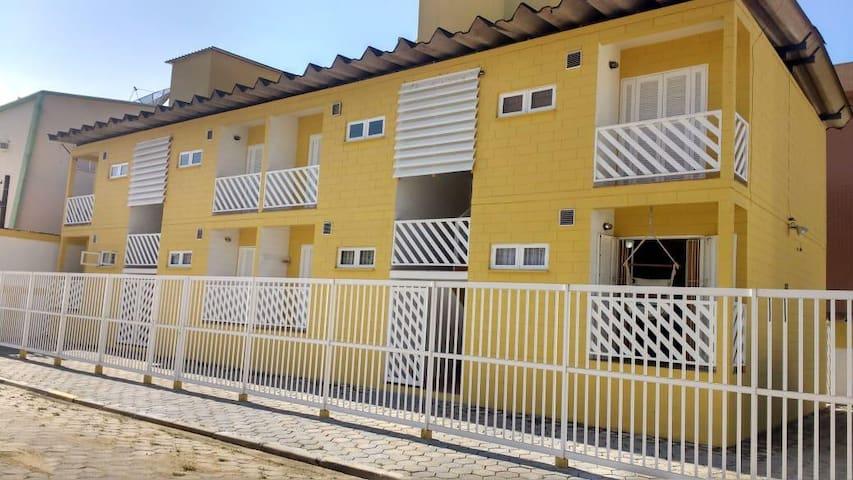 Locação apartamento Ubatuba, Praia Grande com Wi-Fi