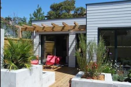 Maison neuve bois  400m de la plage - Mimizan