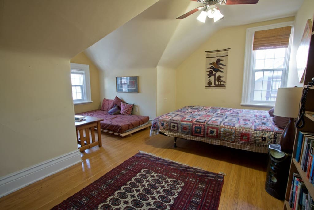 Sunny main bedroom sleeps 2, plus room for a pullaway cot/bed