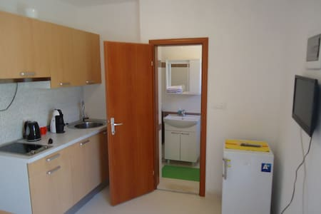 Beppo studio apartment-Mirca - Mirca