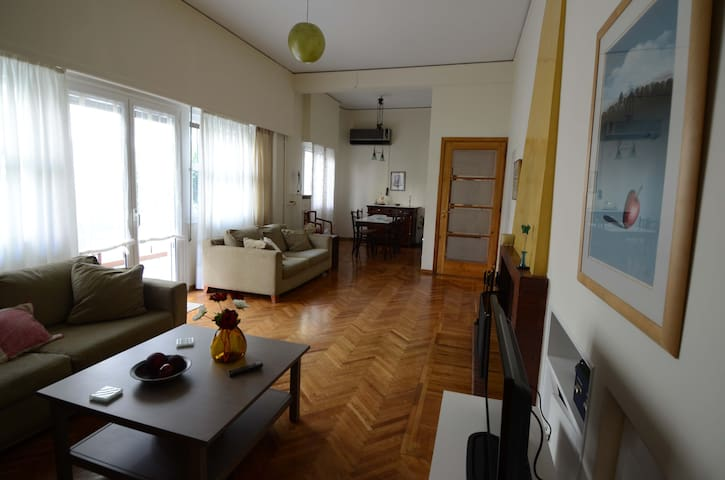 Cozy apartment at heart of Athens - Ampelokipoi - Apartament