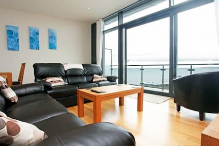 WESTWARD HO! HORIZON VIEW 30 | 2 Bedrooms - Huoneisto