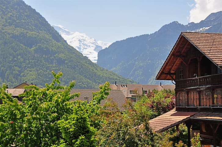 Holiday house Swiss Dreams - Matten bei Interlaken - Hus