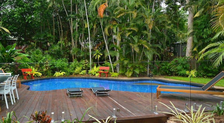 Port Douglas Beach House Retreat - Port Douglas - Rumah
