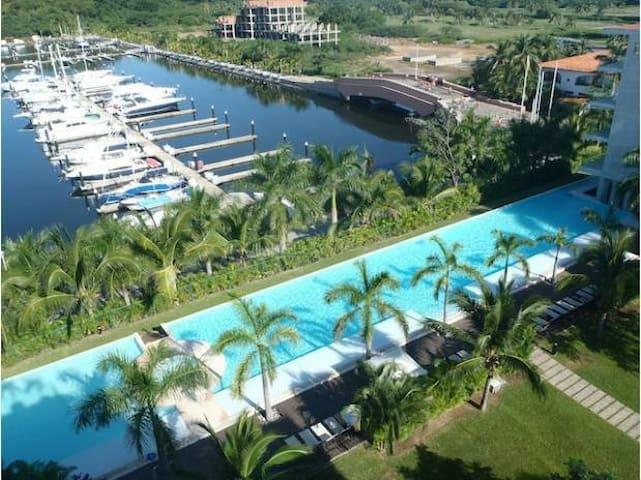 Condominium - Mareia Ixtapa