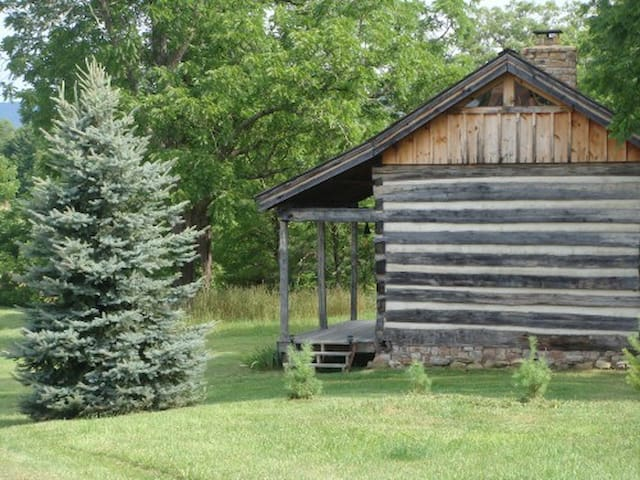GOOD TIME FARM LOG CABIN ESCAPE