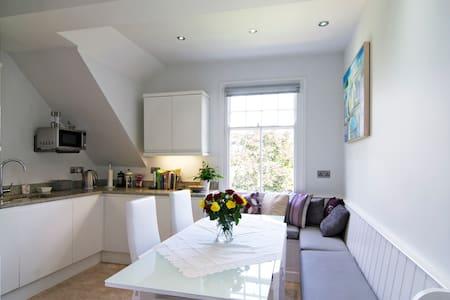 Gorgeous room in central Oxford - ออกซ์ฟอร์ด - อพาร์ทเมนท์